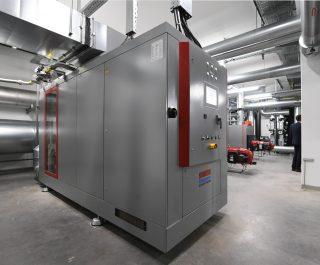 BHKW-Kompaktmodul GG 330 in Energieverbundzentrale Waldbronn